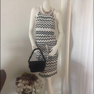 Very cute White House Black Market Fun Dress